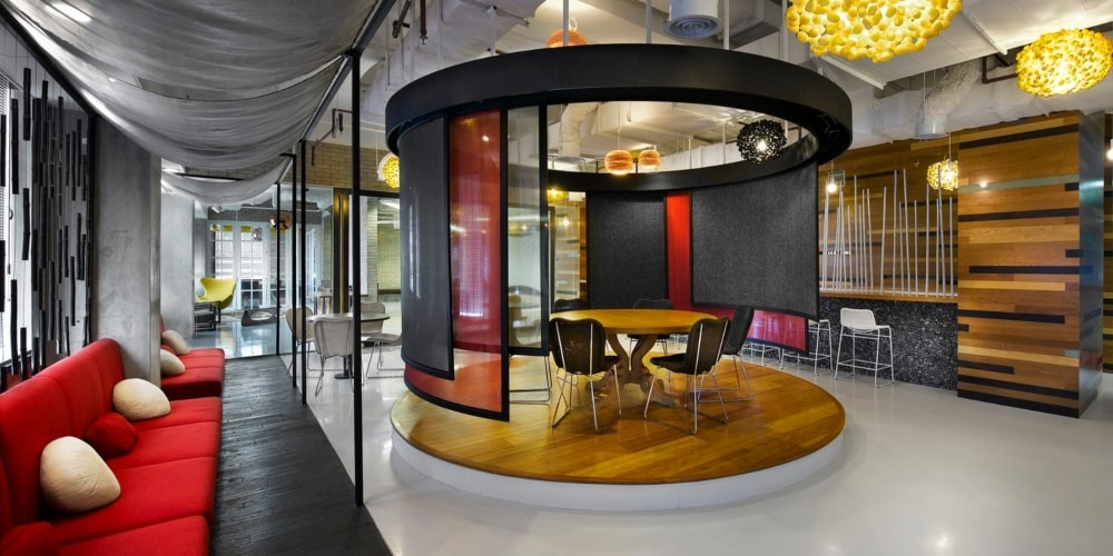 trendy office space utilising the colours red and black